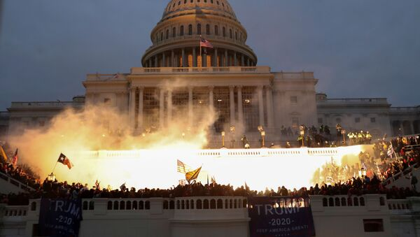 Взрыв у здания конгресса в Вашингтоне - Sputnik Ўзбекистон
