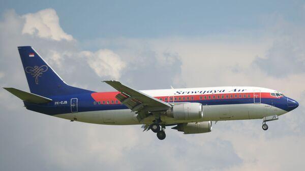 Самолет авиакомпании Sriwijaya Air - Sputnik Узбекистан
