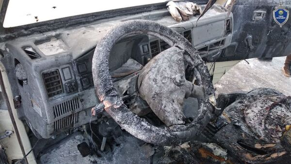 Автомобиль загорелся на заправке в Наманганской области - Sputnik Узбекистан