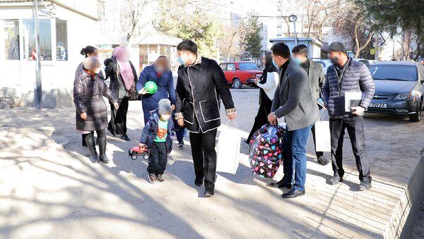 Граждане Узбекистана возвращены на Родину - Sputnik Узбекистан