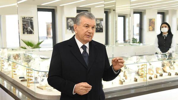 Мирзиёев посетил в столице новый ювелирный завод - Sputnik Узбекистан