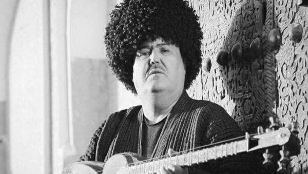 Заслуженный артист Узбекистана и Каракалпакстана Рахматжон Курбонов  - Sputnik Узбекистан