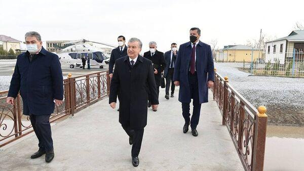 Shavkat Mirziyoyev v Alatskom rayone Buxarskoy oblasti - Sputnik Oʻzbekiston