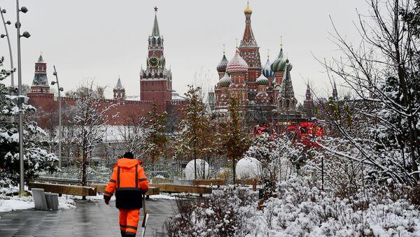 Sneg v Moskve  - Sputnik Oʻzbekiston