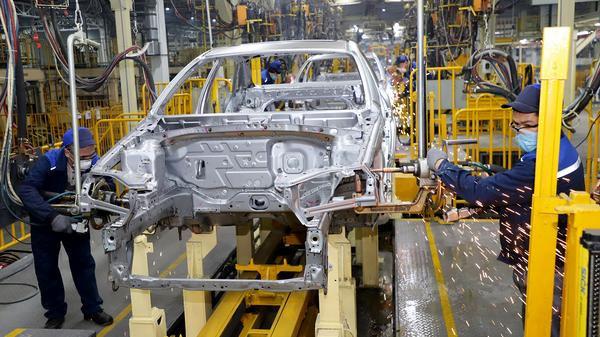UzAuto Motors запустили новый сварочный цех в Асака - Sputnik Узбекистан
