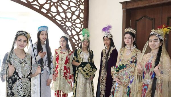 В Самарканде прошел фестиваль Нафосат - Sputnik Узбекистан