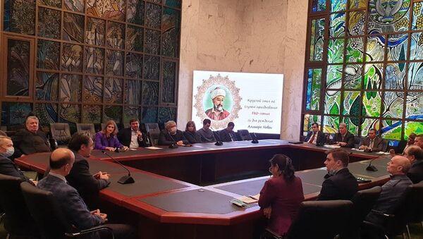 Круглый стол в Посольстве Узбекистана к юбилею Алишера Навои - Sputnik Узбекистан