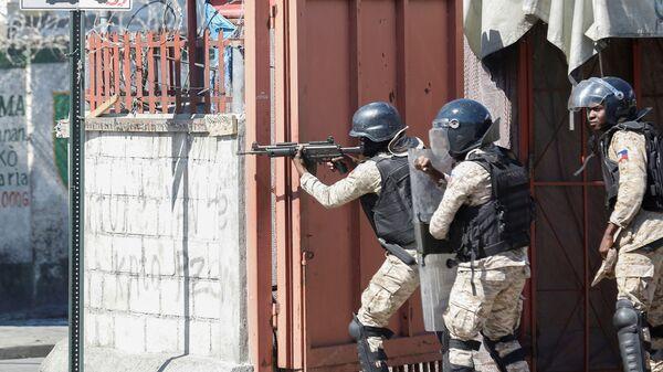 Беспорядки в Порт-о-Пренс, Гаити - Sputnik Ўзбекистон