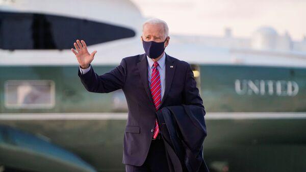 Президент США Джо Байден в Вашингтоне - Sputnik Ўзбекистон