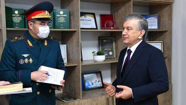 Мирзиёев посетил ГУВД Ташкента - Sputnik Узбекистан