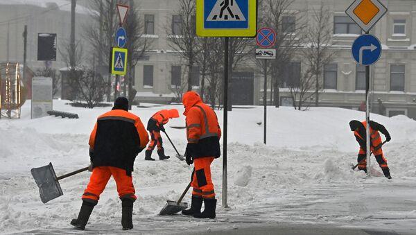 Снегопад в Москве - Sputnik Ўзбекистон