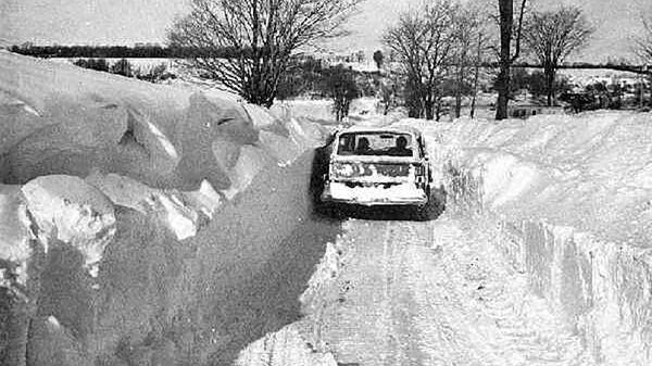 Последствия метели в Нью-Йорке (Буффало), 1977 год  - Sputnik Ўзбекистон