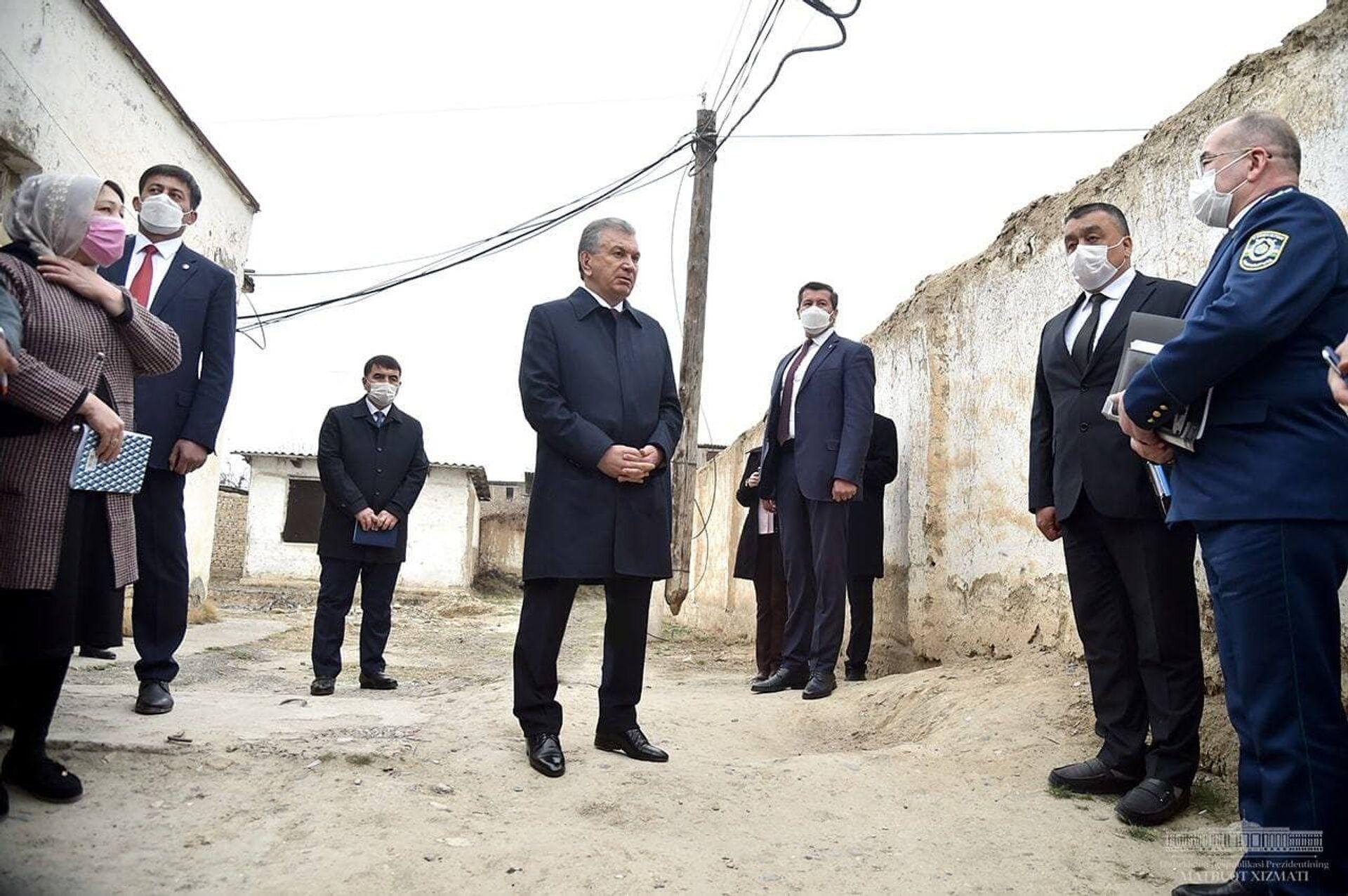 Шавкат Мирзиёев 19 февраля посетил махаллю Бунёдкор в Намангане - Sputnik Узбекистан, 1920, 09.03.2021