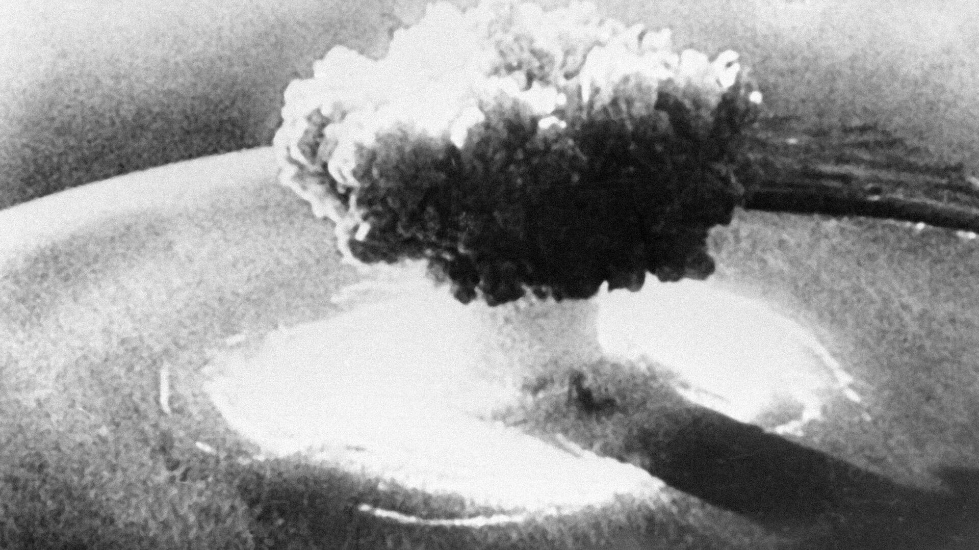 Ядерный взрыв - Sputnik Узбекистан, 1920, 24.02.2021