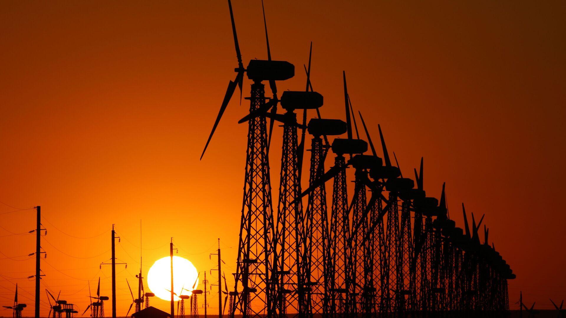 Ветроэлектростанция - Sputnik Узбекистан, 1920, 02.04.2021