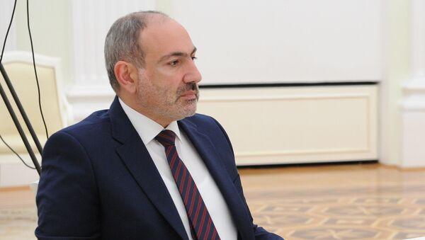 Tryoxstoronnyaya vstrecha prezidentov Rossii, Azerbaydjana i Armenii - Sputnik Oʻzbekiston