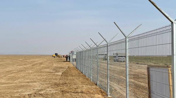 Строительство солнечной электростанции в Самаркандской области - Sputnik Узбекистан