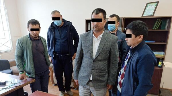Контрабандисты проглотили капсулы с наркотиками чтобы ввезти их в Узбекистан - Sputnik Узбекистан