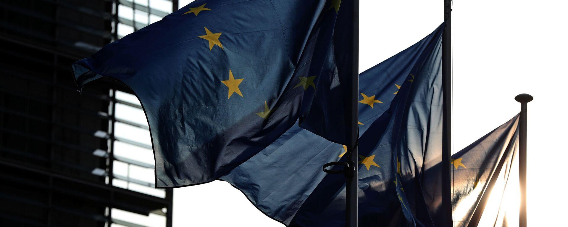 Флаги ЕС в Брюсселе - Sputnik Узбекистан, 1920, 08.09.2021