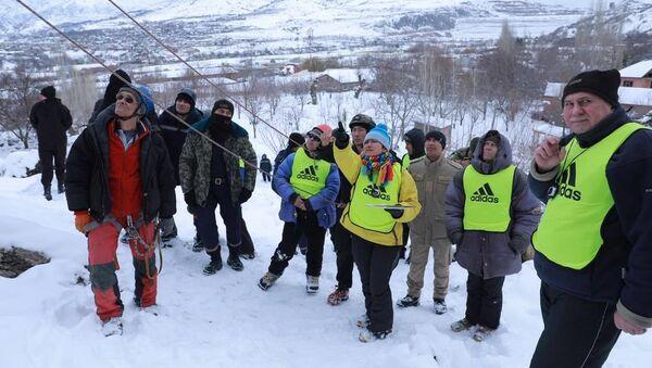Соревнования Вершины Чимгана - Sputnik Узбекистан