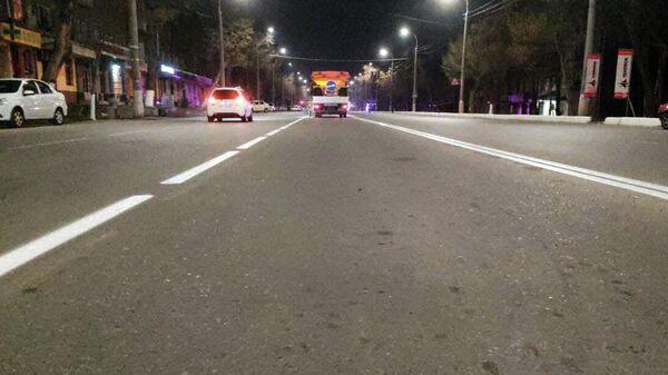 В двух районах Ташкента проведены работы по обновлению дорожной разметки  - Sputnik Узбекистан