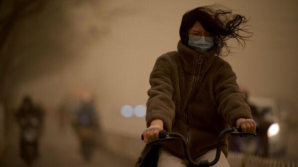 Песчаная буря в Пекине - Sputnik Узбекистан