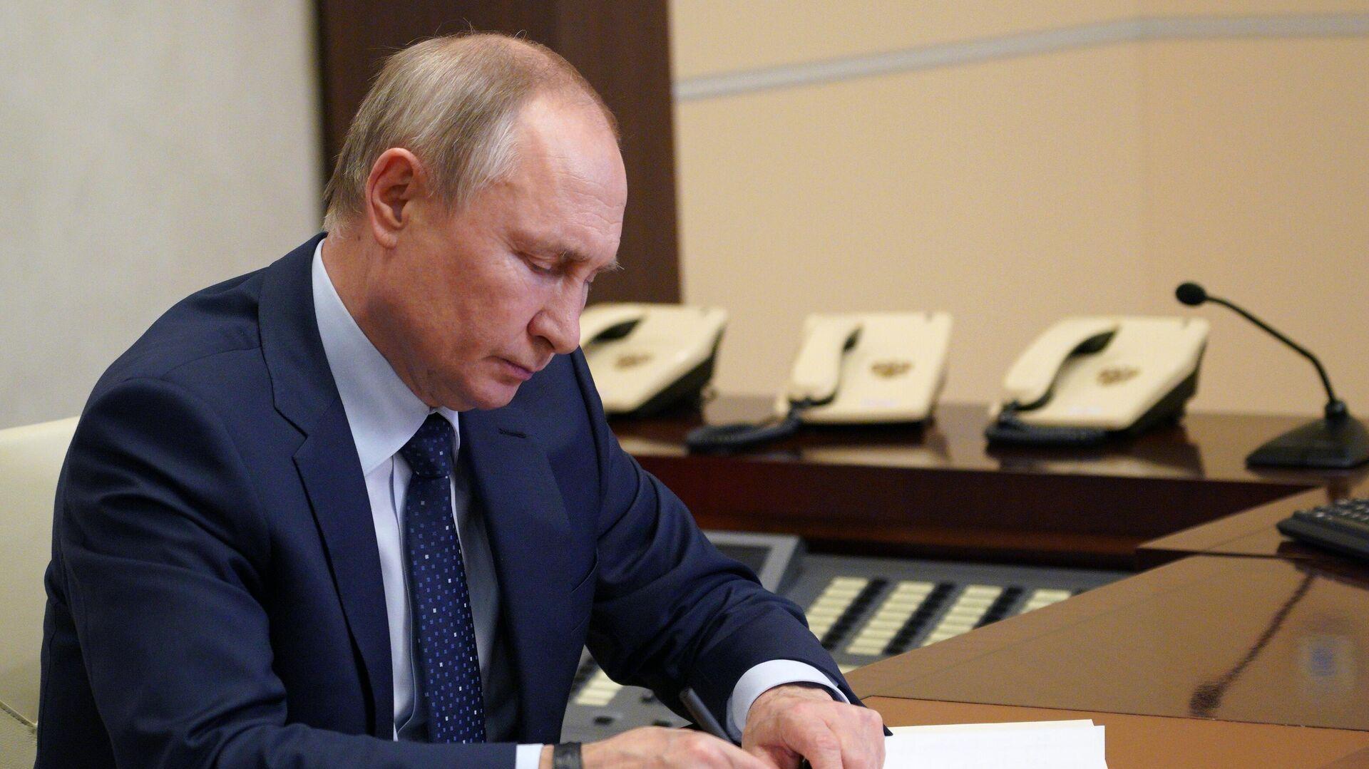 Президент РФ В. Путин - Sputnik Узбекистан, 1920, 12.07.2021