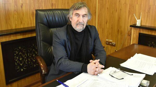 Директор Музея искусств имени И. Савицкого Тигран Мкртычев - Sputnik Узбекистан