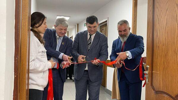 Открытие научно-образовательного и проектного центра АО Гипроцветмет и ОАО Виогем  - Sputnik Узбекистан