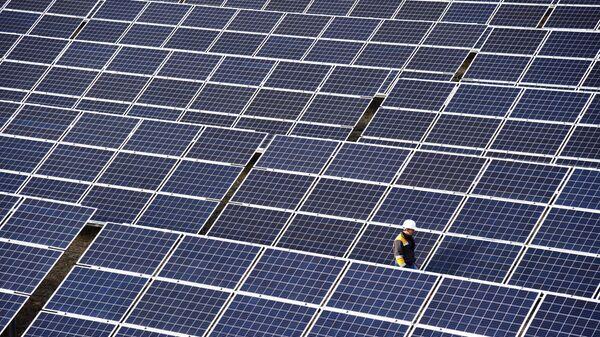 Открытие солнечной электростанции в Львовской области - Sputnik Ўзбекистон