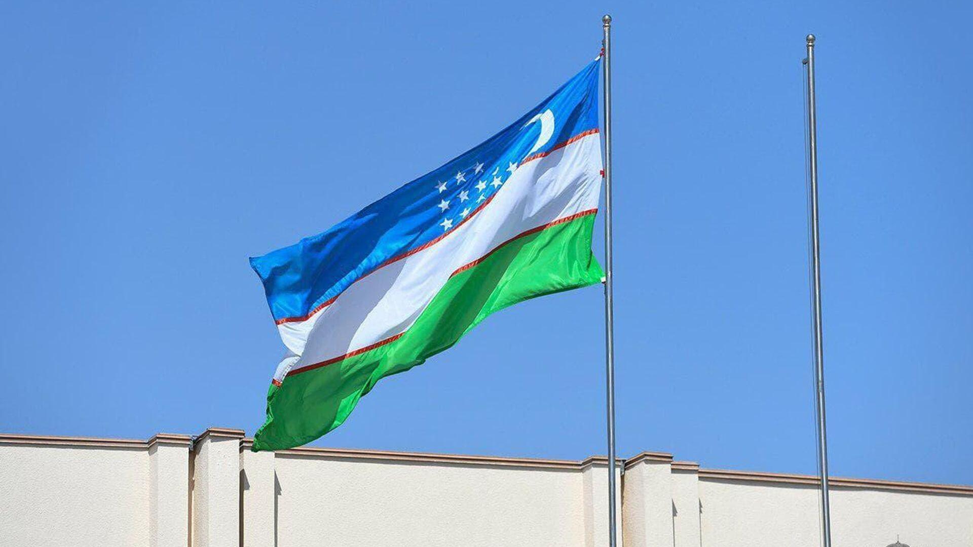 Флаг Узбекистана - Sputnik Ўзбекистон, 1920, 04.09.2021