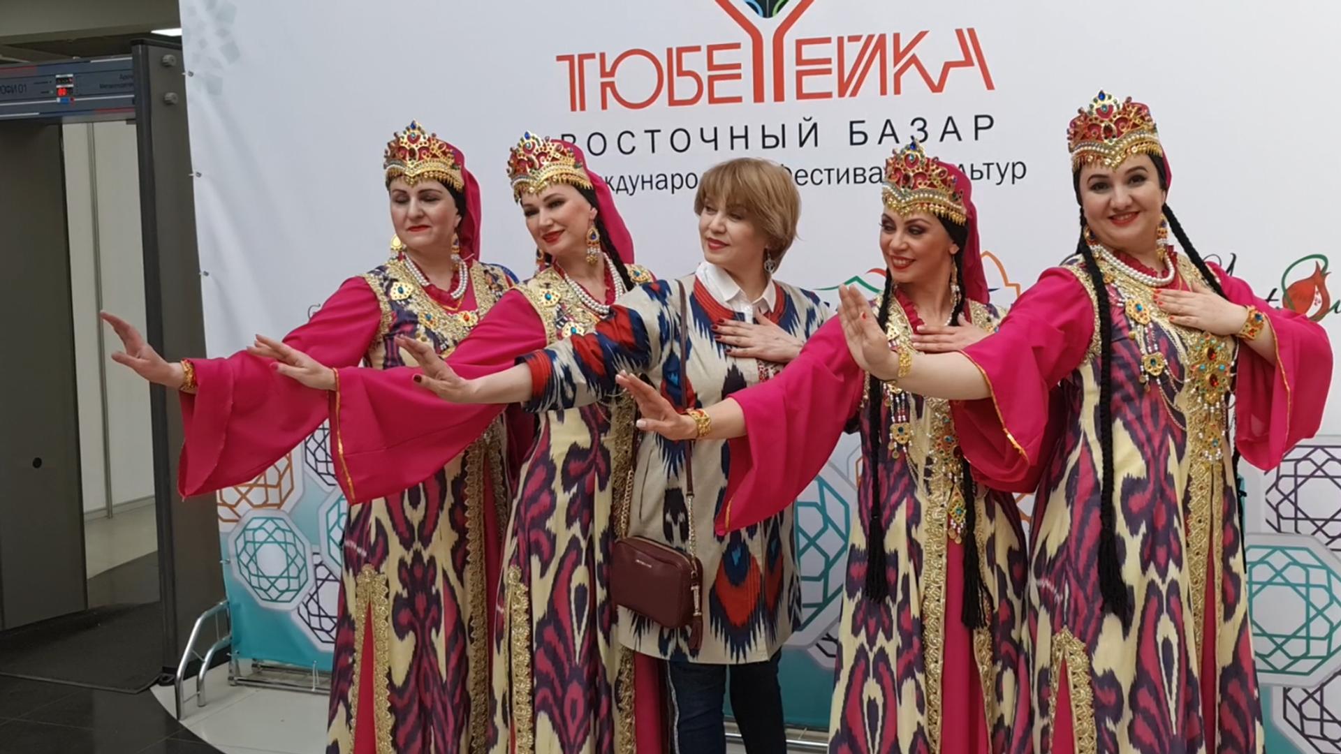 Ансамбль восточного танца Нилуфар - Sputnik Узбекистан, 1920, 15.04.2021