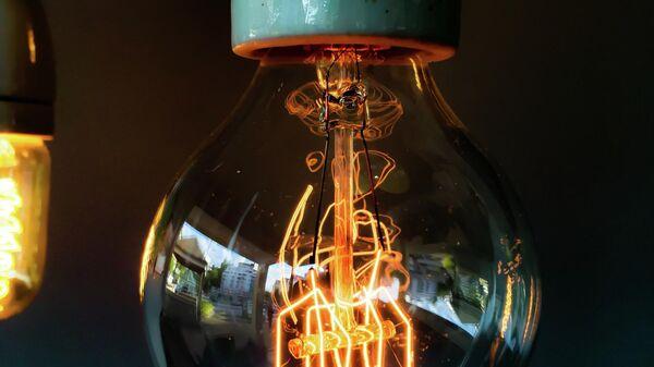 Лампочка, иллюстративное фото - Sputnik Узбекистан