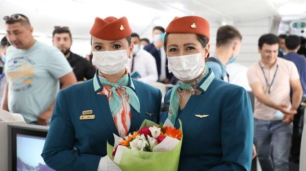 Узбекские авиалинии получили шестой Dreamliner - Sputnik Узбекистан