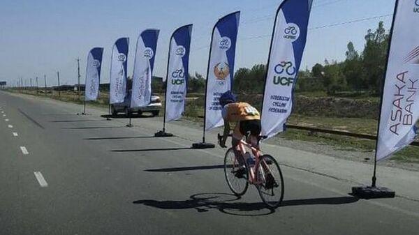 Чемпионат по шоссейном велоспорту в Джизаке  - Sputnik Узбекистан