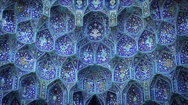 Внутреннее убранство мечети. Иллюстративное фото - Sputnik Узбекистан