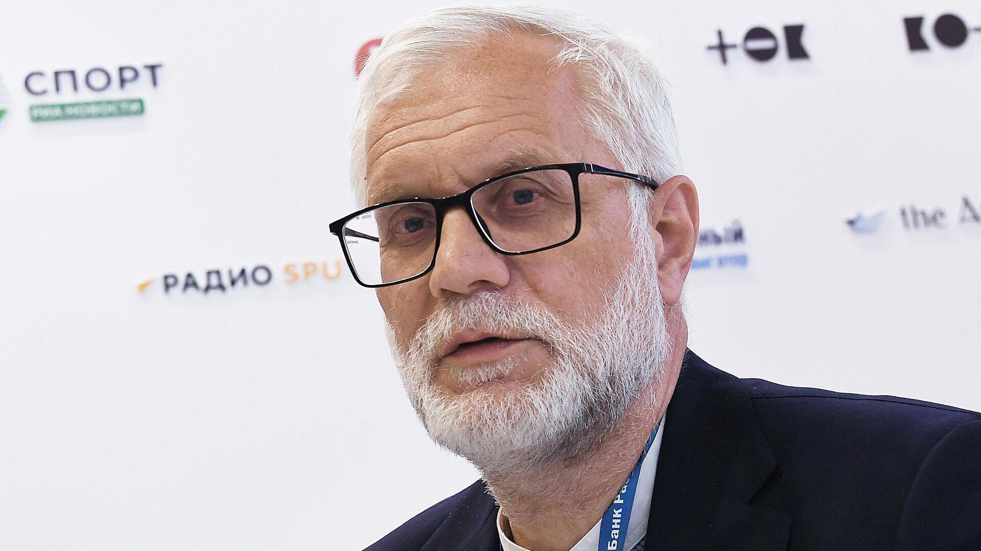 Советник председателя правления Евразийского банка развития (ЕАБР) Григорий Марченко - Sputnik Узбекистан, 1920, 04.06.2021