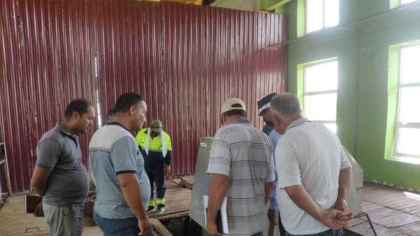 Рабочая группа изучает работу очистных сооружения Салар - Sputnik Узбекистан