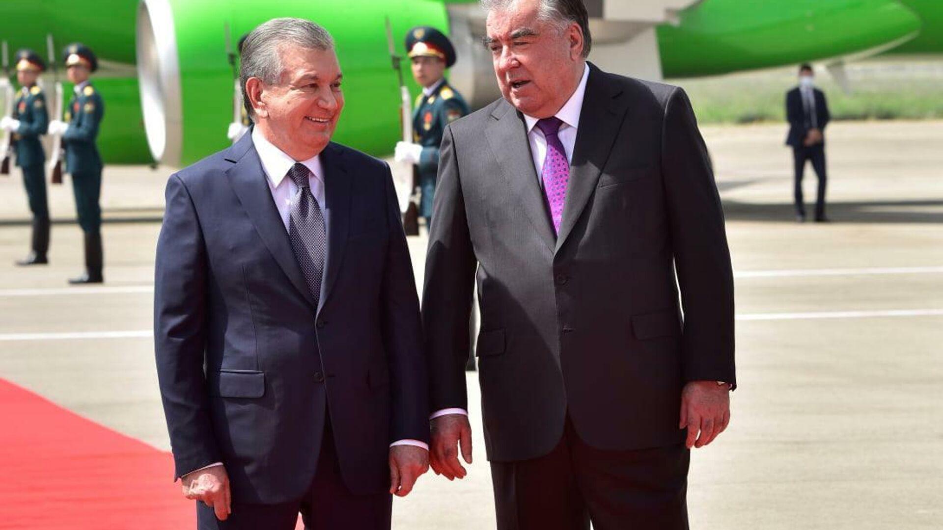 Шавкат Мирзиёев прибыл с официальным визитом в Таджикистан - Sputnik Ўзбекистон, 1920, 06.10.2021