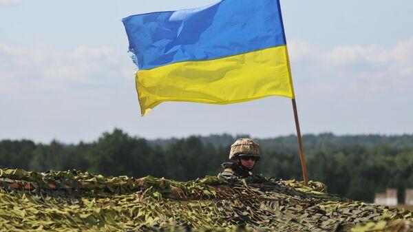 Украинский военный - Sputnik Узбекистан