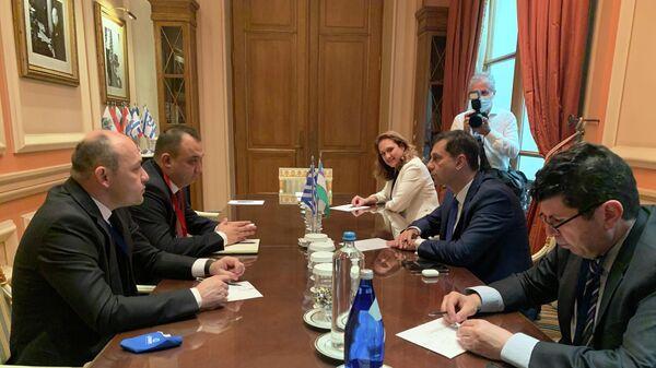 Греция наладит с Узбекистаном чартерные рейсы и организует в стране соревнования по ралли - Sputnik Узбекистан