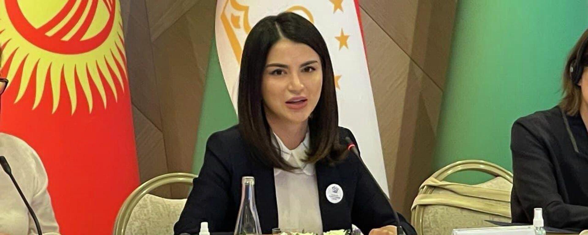 Саида Мирзиёева на открытии форума женщин-предпринимательниц - Sputnik Узбекистан, 1920, 15.06.2021