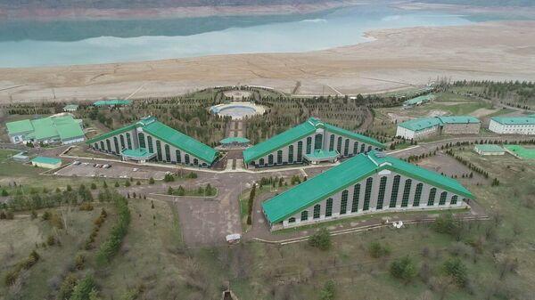Зона отдыха Чорвок Оромгохи (Пирамиды) в Ташкентской области выставлена на продажу - Sputnik Узбекистан