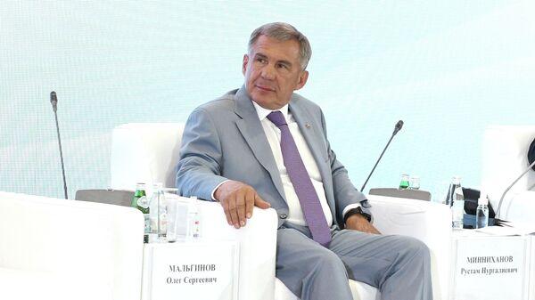 Vizit glavы Tatarstana Rustama Minnixanova v Uzbekistan - Sputnik Oʻzbekiston
