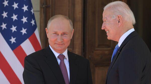 Встреча президентов России и США В. Путина и Дж. Байдена в Женеве - Sputnik Ўзбекистон