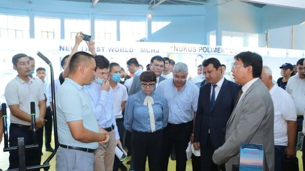 Межотраслевая промышленная ярмарка в Нукусе - Sputnik Узбекистан