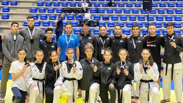 Сборная Узбекистана по таэквондо завоевала первое место в Beirut Open - Sputnik Ўзбекистон