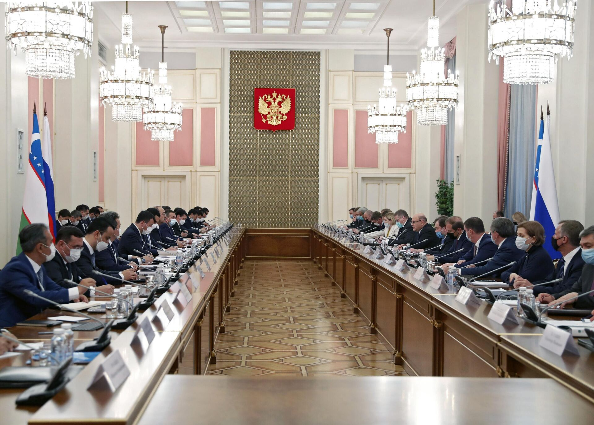 Заседание Совместной комиссии на уровне глав правительств России и Узбекистана - Sputnik Узбекистан, 1920, 22.06.2021