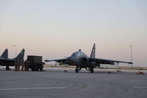 Боевые самолеты вооруженных сил Узбекистана. - Sputnik Узбекистан