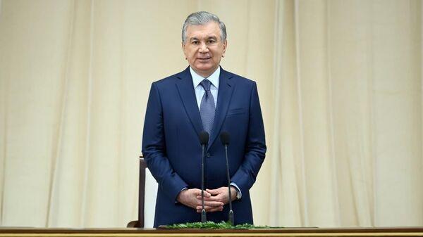 Shavkat Mirziyoyev provyol soveщaniye s xokimami rayonov Tashkenta - Sputnik Oʻzbekiston